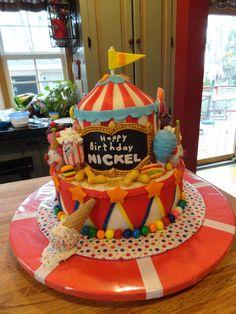 Wow! Circus Birthday Cake