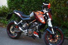 MY BIKE!!! KTM 125 DUKE gotta love it