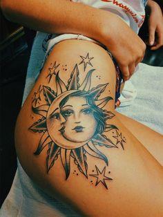 Girl Thigh Tattoos, Rose Tattoo Thigh, Cool Forearm Tattoos, Badass Tattoos, Mom Tattoos, Hand Tattoos, Hippie Tattoos, Tatoos, Red Ink Tattoos