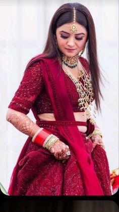 Indian Bridal Outfits, Indian Bridal Fashion, Indian Bridal Wear, Indian Fashion Dresses, Indian Designer Outfits, Bridal Dresses, Wedding Lehenga Designs, Designer Bridal Lehenga, Bridal Lehenga Choli