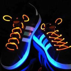 This flashing shoe - lace lights you up and lets you flash around in any night activity or event.It is easy to use, just turn the driver around, you can fasten and the unfasten your shoe - lace.  You can also fasten it on handbag or backpack.With ordinary liyhium battery , it keeps on flashing for 70 hours. It is a weatherproof, washable, durable and safe item for children and teenagers over the age of 6.