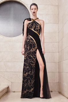 Amazing black & gold black dress Art nouveau style Atelier Versace Couture Fall/Winter 2017-2018
