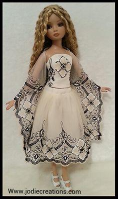 Mystic for Ellowyne Wilde Www.jodiecreations.com