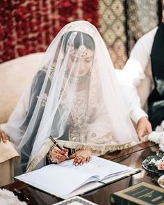 Best Wedding Photographers - Photographers in Pakistan - Pack Cheers Pakistani Wedding Outfits, Bridal Outfits, Bridal Hijab, Desi Wedding, Wedding Poses, Wedding Couples, Wedding Dresses, Nikkah Dress, Pakistan Wedding