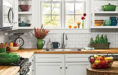 4 Epic Ideas for Your Kitchen Design - Room decorFind other ideas: Kitchen Countertops Remodeling On A Budget Small Kitchen Remodeling Layout Ideas DIY White Kitchen Remodeling Paint Kitchen Remodeling Before And After Farmhouse Kitchen Remodeling W Kitchen Remodel Before And After, White Kitchen Remodeling, Interior Design Kitchen, Kitchen Countertops, Kitchen Remodel Small, Farmhouse Kitchen Remodel, Diy Kitchen, Kitchen Shelves, Kitchen Paint