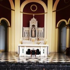 "Altar and Tabernacle of Saint Catherine of Siena Catholic Church, Wake Forest, NC  ""Do ye not know that they which minister about holy things live of the things of the temple? And they which wait at the altar are partakers with the altar?"" (1 Corinthians 9:13)"