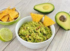 Guacamole / Sos mexican – reteta video via Guacamole, Avocado Hummus, Avocado Recipes, Vegan Recipes, Cooking Recipes, Mexican Food Recipes, Whole Food Recipes, Ethnic Recipes, Gourmet