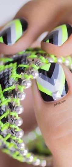 20 Magic Nail Polish(I could never do that to my nails. They always find a way to chipped)but they say its MAGIC nail polish Love Nails, How To Do Nails, Pretty Nails, Crazy Nails, Fancy Nails, Nail Designs 2014, Cute Nail Designs, Chevron Nails, Neon Nails