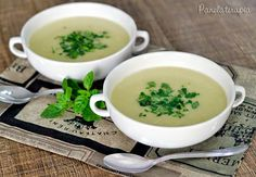 34 Ideas For Soup Recipes Winter Cooking Soup Recipes, Vegan Recipes, Cooking Recipes, Cooking Food, Cooking Blogs, Cooking Steak, Parmesan, Healthy Chocolate Mug Cake, Recipe Minestrone