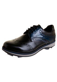 Sapato Ferracini Casual Recortes Preto