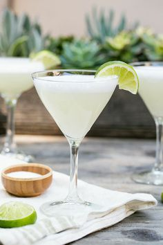 Salt Air Margarita | theglitterguide.com