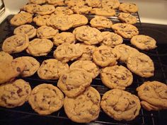 mocha me: Ultimate Chocolate Chip Cookies
