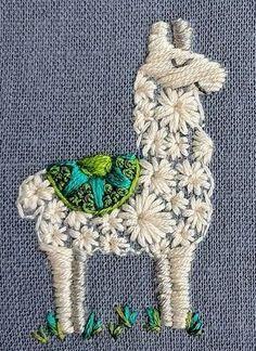 Rufe dies Drama an! The post Rufe das Drama an! appeared first on DIY Pr… Rufe dies Drama an! The post Rufe das Drama an! appeared first on DIY Pr…,Sticken und Nähen. Simple Embroidery, Hand Embroidery Stitches, Modern Embroidery, Embroidery Hoop Art, Crewel Embroidery, Hand Embroidery Designs, Cross Stitch Embroidery, Embroidery Ideas, Hand Stitching