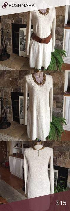 "I. Crew sweater dress This J. Crew sweater dress looks great with tights, skinny pants or leggings add boots and you're set!  Comes to my knee at 5'2"". Good preloved condition with some pilling, lots of life left. 🌻 J. Crew Tops Tunics"