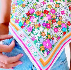 Preppy Girl, Carrie Bradshaw, Homescreen, Wall Collage, Aesthetic Pictures, Fashion Models, Pattern Design, Summer Outfits, Vibrant