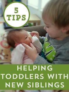 Make the transition to big sister or brother easier with these 5 tips for toddlers with new siblings
