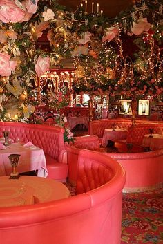 Madonna Inn, San Luis Obispo, CA. Kitsch hotel with differently themed rooms, each more eye-meltingly gaudy n' chintzy than the last one. Good steak restaurant if your Bauhaus sensibilities can't handle a full night here. Design Hotel, Design Bar Restaurant, Bar Design, Deco Design, House Design, Pink Restaurant, Restaurant Manager, Rustic Restaurant, Restaurant Ideas