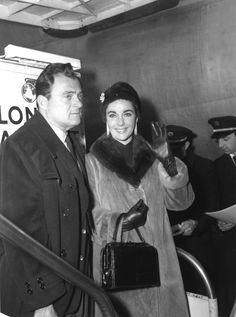 Elizabeth Taylor and husband, film producer Mike Todd, arriving at Heathrow, 1958.   41 Vintage Pictures Of Heathrow Airport That Show Air Travel Was Once A Stylish Affair