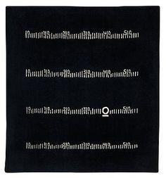 """154. EILEEN GRAY, MATTA. """"Centimètre"""", Black board rug. Handtuftad. 246,5 x  228,5 cm. Efter design av Eileen Gray."""