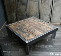 Discover thousands of images about Tables basses mobilier industriel - L\'Or du Temps Welded Furniture, Industrial Design Furniture, Steel Furniture, Pallet Furniture, Furniture Projects, Custom Furniture, Furniture Design, Rustic Table, Wood Table