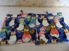 Chilly Willy Christmas Penguin Pot Holders Set of 2