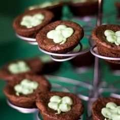 Guinness brownie bites with Bailey's cream cheese frosting -- perfect party food for St. Patrick's Day!