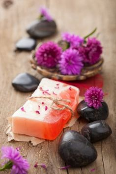 Homemade soap is more skin-friendly than commercial soaps. The advantage of making soaps at home is that one can customize the soaps as per one's tastes and preferences. Most commercial soaps lack glycerin, and make the skin dry and itchy.