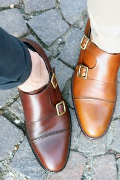The Best Men's Shoes And Footwear : Monk straps are very popular. You will see single strap and double strap Monk shoes & boots this fall and winter. Me Too Shoes, Men's Shoes, Shoe Boots, Dress Shoes, Gentleman Shoes, Gentleman Style, Fashion Shoes, Mens Fashion, Fashion News