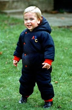 1983-12-14 William in the garden at Kensington Palace during a press photocall