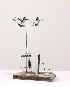 Bird Mobile, 1985, by artist Andy Cohen (1961 − ); brazed steel wire, tin on plinta