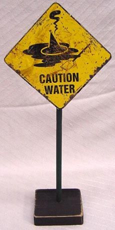 HALLOWEEN WITCH ROAD SIGN WARNING WIZARD OZ DECORATIONS