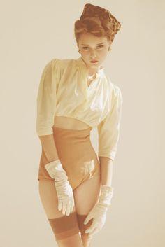 — Test shooting. Vintage style. Model: Nastysha @ Avant. Stylist: Pasha Pavlov. Make-up: Alyona Moiseeva.