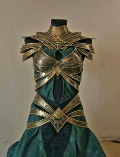 Green armor fit for a lady