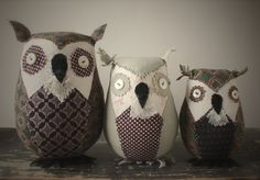 This is a sewing pattern (downloadable PDF) for little owl friendsdesigned by Ann Wood.The pdf file consists of 23 pages (including pattern sheets) and is about 7.4 MB in size.  The pattern inc...