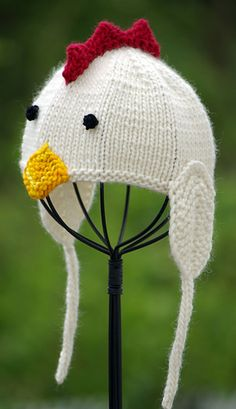 Ravelry: Little Chicken Baby Hat pattern by Irina Poludnenko Knitting For Kids, Knitting Projects, Baby Knitting, Crochet Projects, Beanie Babies, Baby Hats, Baby Hat Patterns, Knitting Patterns, Crochet Patterns