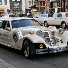 Zucker. on tour: Reise in geheimnisvolle Gaming-Sphären UND Im Klassiker durch Berlin Antique Cars, Berlin, Gaming, Tours, Events, Antiques, Vehicles, Sugar, Viajes