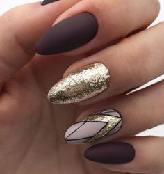 """If you're unfamiliar with nail trends and you hear the words """"coffin nails,"""" what comes to mind? It's not nails with coffins drawn on them. It's long nails with a square tip, and the look has. Dark Nails, Gold Nails, Fun Nails, Gold Glitter, Glitter Makeup, Dark Nail Art, Brown Nail Art, Glitter Accent Nails, Sexy Nails"""