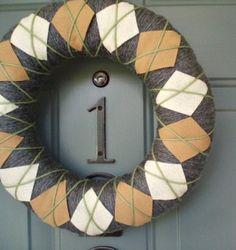 Argyle decoration for home door