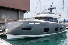 Azimut Magellano debut in Hong Kong Azimut Yachts, Private Yacht, Yacht Boat, Super Yachts, Motor Boats, Submarines, Travel And Leisure, Cruises, Fishing Boats