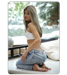 sexy russian girl Gina Gerson in sexy jeans #happy #day #ginagerson #ginagerson3p #sexy #girl #russian #cute #russian