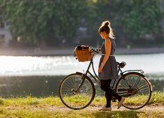 Aww, beautiful!  (from Copenhagen Cycle Chic)