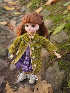 "Enjoy your #doll this warm #coat #olive #green #dress your doll  #handmade will be the most beautiful. This #green #cardigan #crocheted from cotton yarns with acrylic and decorated with small buttons.    ◆This is a #outfit for #Azone #Pureneemo #23cm (S Size), #25cm (M Size), #27cm  Body, #Obitsu 23-25cm Figure, #Licca Rika Chan & 12"" #Blythe Doll, #Pullip, #Momoko, #Monster #High / Ever After High, ... and same dolls 1/6 doll #Petslair"