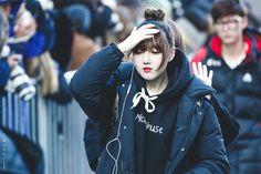 Kim Ye Won, Bomber Jacket, Jackets, Collection, Target, Fashion, Authors, Guys, Down Jackets