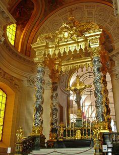 les invalides et le tombeau de l'empereur. http://visite-guidee-paris.fr