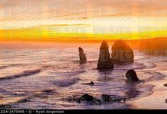 Dusk view at the coastal location of The Twelve Apostles by The Great Ocean Rd, Australia. Victoria Tourist Attraction. © Ryan Jorgensen / age fotostock - Stock Photos, Videos and Vectors