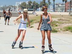 Roller Blade on Venice Beach boardwalk. The California girl in me LOVES to rollerblade outdoors! Skate Longboard, Frankie Sanford, The Big C, Inline Skating, Biker Girl, Venice Beach, Roller Skating, Fit Women, Girls