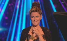 Saara Aalto hurmasi Abban Winner Takes it all -hitillä X-Factorissa. About Uk, Crown, Lady, Fashion, Moda, Fashion Styles, Fashion Illustrations, Crowns, Corona