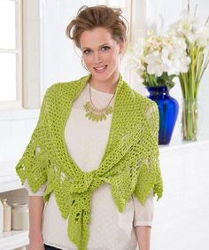 Romantic Pineapple Shawl ~ free pattern @Doris Moudy Another one with pineapples :)