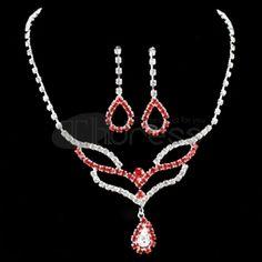 A cheaper Women Rhinestone Necklace Set