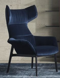 This for a reading/pondering/listening to music chair. How to keep the cat of it though? Custom Furniture, Luxury Furniture, Furniture Design, Long Chair, Painted Wooden Chairs, Brown Leather Recliner Chair, Wicker Dining Chairs, Ikea Chair, Single Sofa